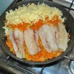 Салака с морковью